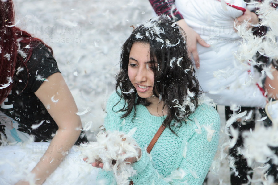 BUCURESTI - INTERNATIONAL PILLOW FIGHT 2017