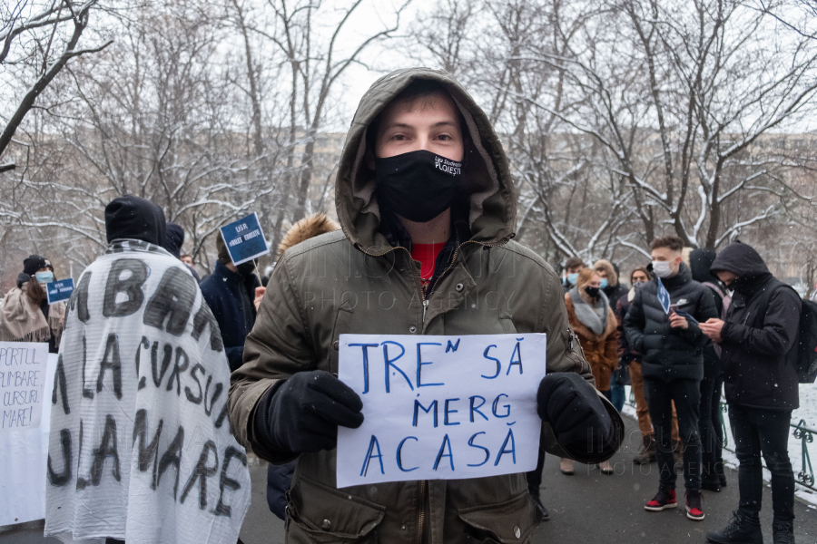 BUCURESTI - MT - PROTEST - STUDENTI - GRATUITATE - 12 FEB 2021